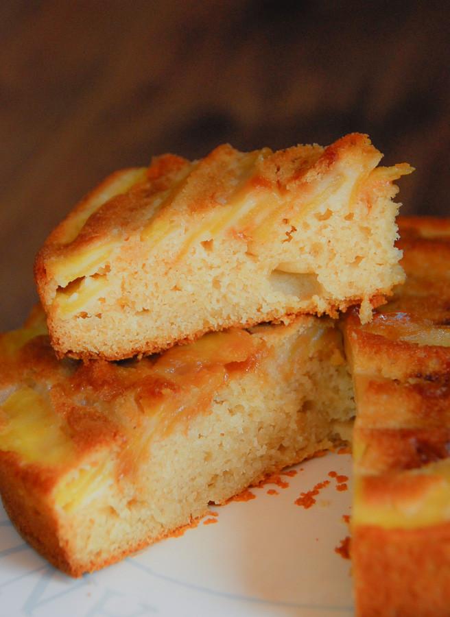 Receta de Bizcocho de manzana sin huevo con almendras