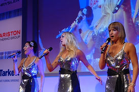 Gala dinner singers