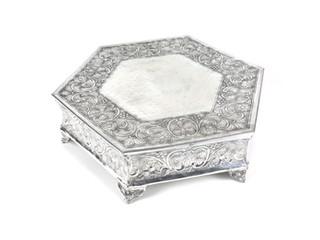 Aluminium Hexagonal Cake Stand