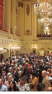 アメリカでは、なぜ舞台芸術支援が増えているのか