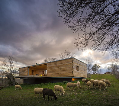 small-wood-homes-for-compact-living-5a.j