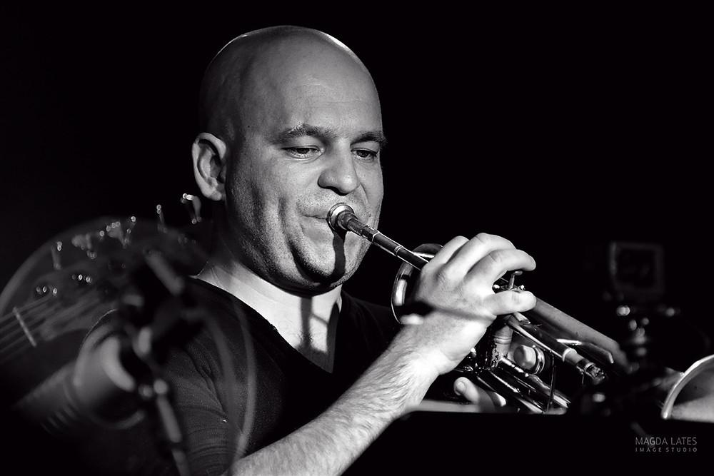 Nicolas Sausseau, trompettiste Freelance, rejoint l'équipe pédagogique de Bourbon-Cuivré. Bienvenue à lui!!!