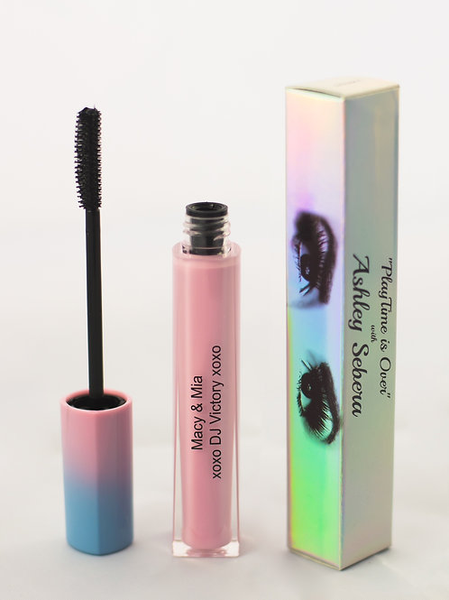 """Distinct"" Mascara"