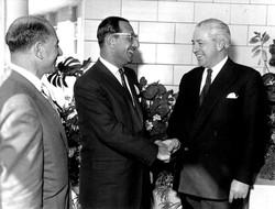 Henry Cohen with Harold Holt