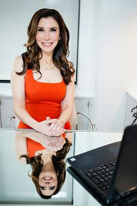 Dr. Jennifer Levine Headshot 08142020.jp