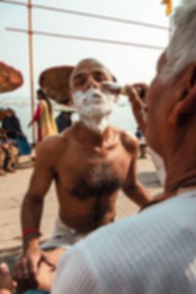 Indien-barbe-mousse-à-raser-vanarasi.jpg