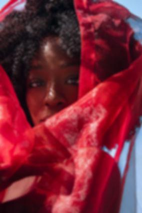 Christelle-Ague-voile-rouge.jpg