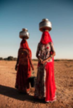 Inde-femmes-voiles-robe-traditionnelles-