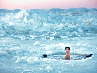 Need a new New Year's resolution? Go ice swimming
