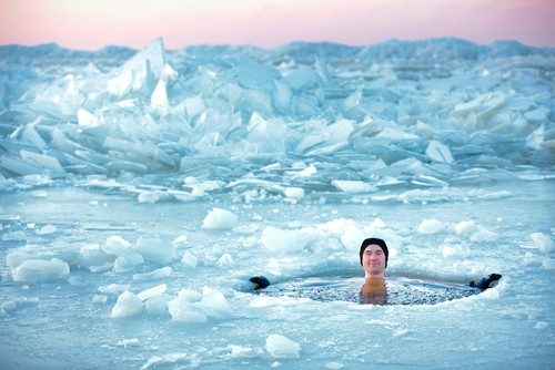 Ice swimming has a few health benefits