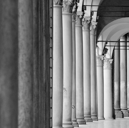Colonnato a Bologne