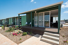 Self contained cabin in Darwin. Cheap home away from home in the Leprechaun Resort Darwin