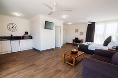 all the luxury of an apartment for corporate travellers. More space than a hotel room. Darwin hotels