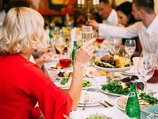 Ensure A Successful Company Holiday Party With These 6 Planning Tips