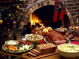 Planning a Holiday Party? Here are 4 Reasons why Using a Catering Company will Make it Better