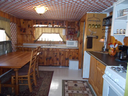 Wonderful, fully stocked kitchen.