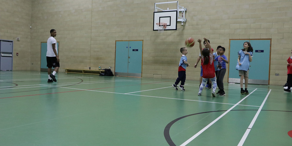 Boys Basketball 11 - 13 years old 6.00pm - 7.00pm