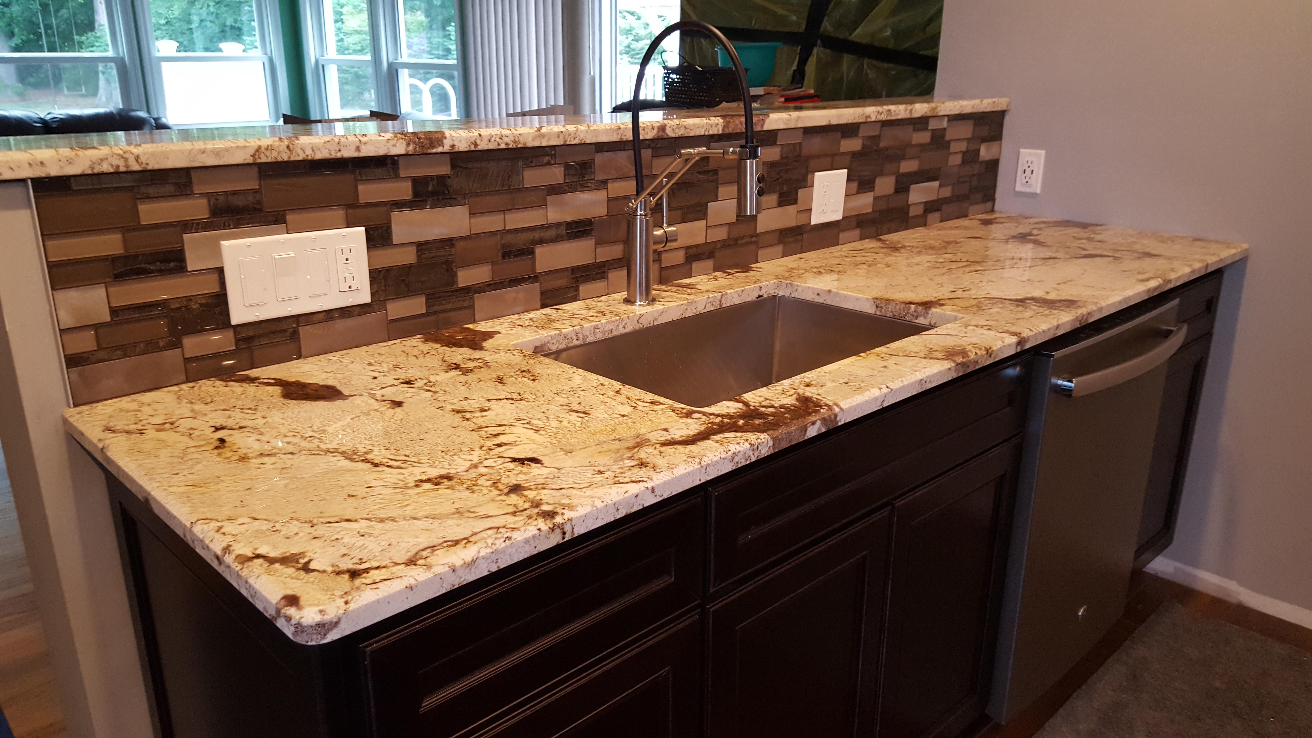 Sink with backsplash