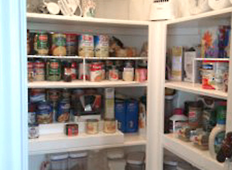 10 Quick Pantry Organizing Steps.