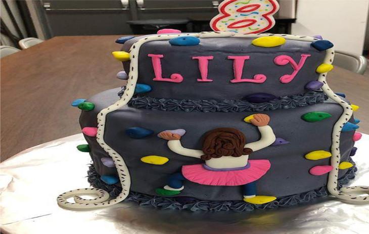 cake 1024 x 650.jpg