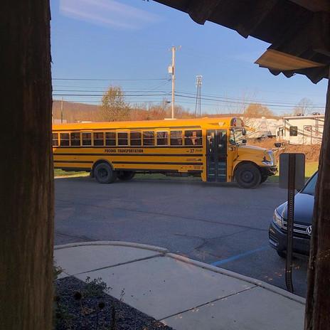 group uni scrant buss.jpg