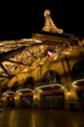 800px-EiffelTowerLasVegas1_MC.jpg