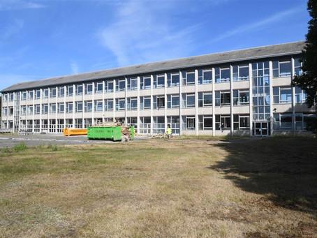 Een nieuwe school met een prachtig dankbaar gebouw!