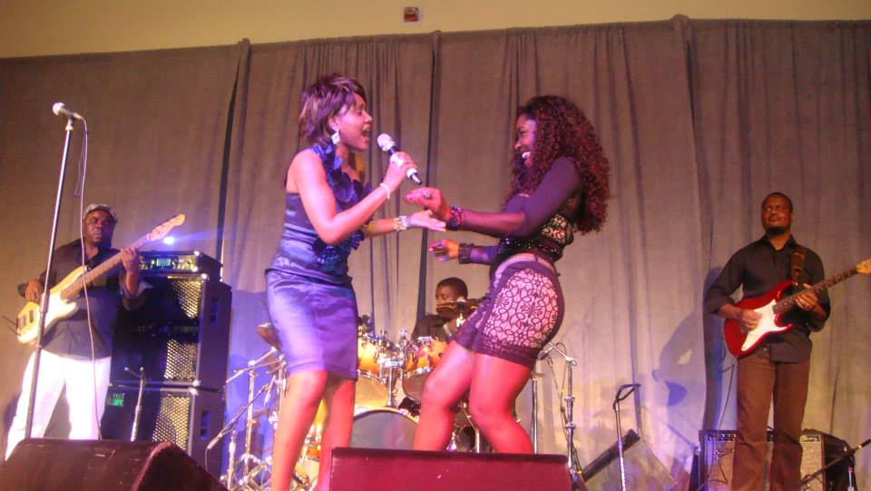 KATUMBELLA PERFORMS WITH PEROLA