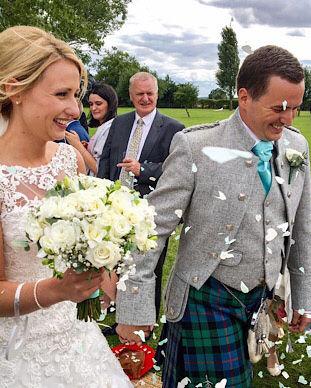 all white wedding bouquet.jpg