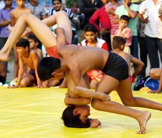 インド伝統スポーツを見学 迫力!クシティ練習場訪問と試合観戦