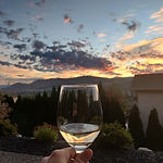 Emelys Wine and Sunset at Adelas BnB (Sm