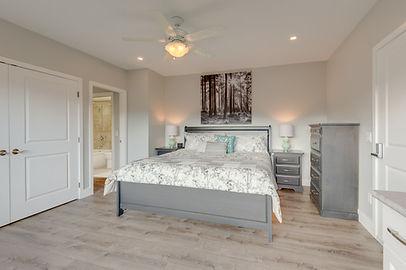 Jasmine Bedroom at Adela's B&B