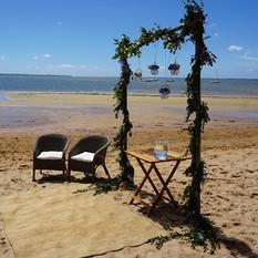 Cérémonie de mariage sur la plage par Sylvie Borderie Weddind designer à Bordeaux