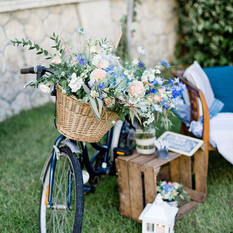 Décoration dans le jardin d'un coin photo par Sylvie Borderie Wedding designer à Bordeaux