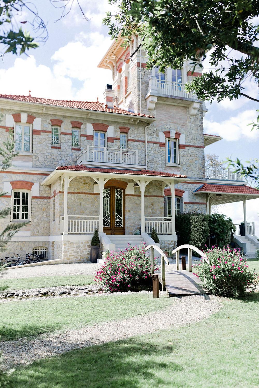 Villa la Tosca pour un mariage bleu et pêche