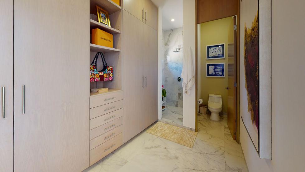Pacific-Bay-Bathroom.jpg