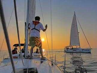 sailboat-3134173_1920.jpg