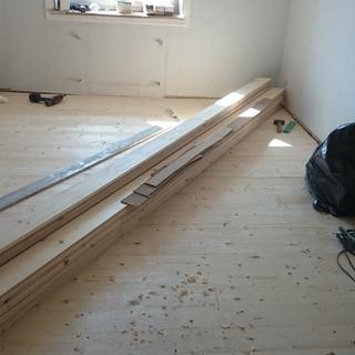 Sanierung, Langes Loh, Basel, neue Dämmung und Schiebeböden als Unterbau für neuen Massivholzparkett eingebracht