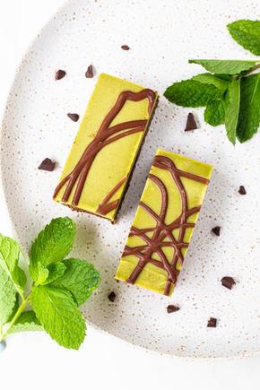 Mint Chocolate Raw Slice