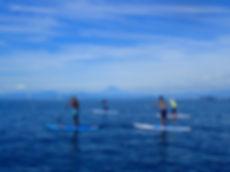 葉山の綺麗な海でSUP