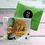 Thumbnail: Nieuwe Woning Kaart met een groot gelukspoppetje en persoonlijk bericht