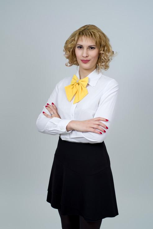 business-woman-2071334.jpg