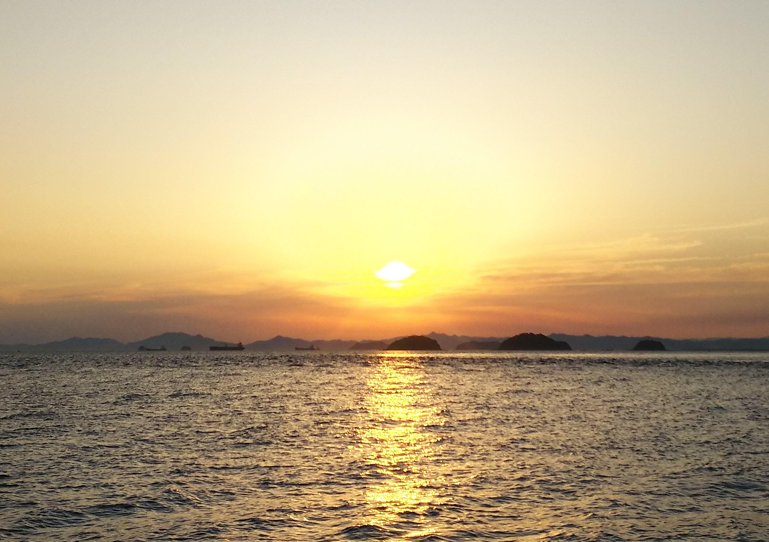 瀬戸の夕陽2
