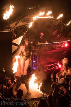 ©2019  Performer: John Mahoney @firejohnnyc, Joy Fully @lovelivingart  Photography: Greg McMahon @3dphotogreg