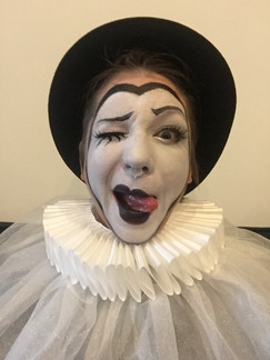 ©2019  Costume Design, Clowning and Make Up: Joy Fully @lovelivingart