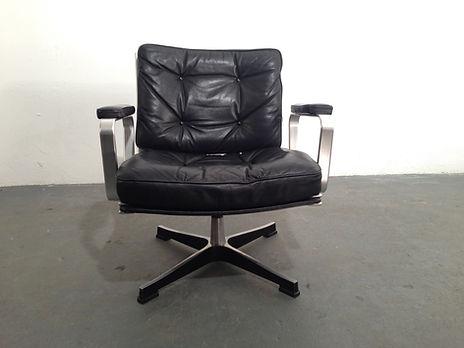 OCD - Karl-Erik Ekselius Mondo Arm Chair