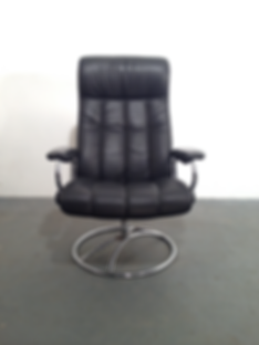 Vintage Ekorness Stressless Recliner