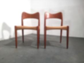Arne Hovmand Olsen beautifull Danish Designed Dining Chairs - Vintage 20th Century Design