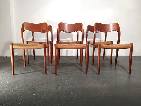 Niels Moller Model 71 Dining Chairs - Solid Teak - Vintage 20th Century Design