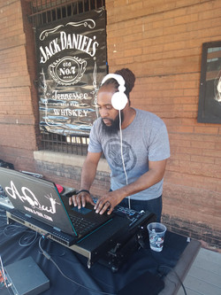 Soul De Mayo w/ DJ R-Tistic!